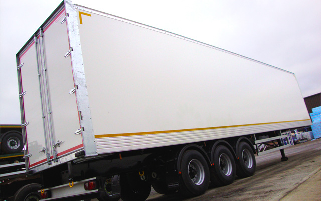 Salford Van Hire Leeds >> Hire a GRP BOX Van Trailer with Tri-axle Straightframe - Salford Van Hire, Manchester & Leeds