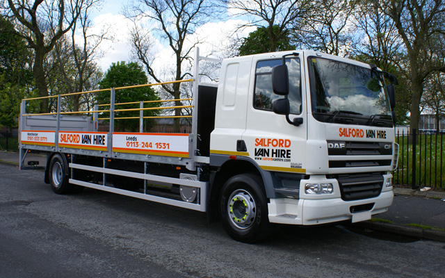 Hire a 17/18T GVW Dropsided Truck