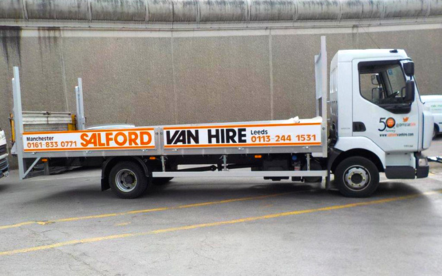 Hire a 7.5 GVW Dropsided Truck