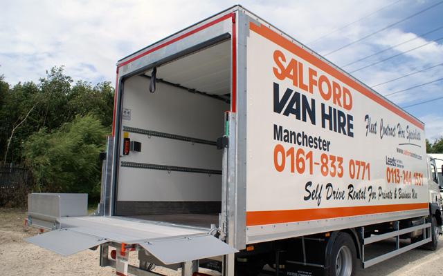 hire a 17 18 tonne gvw box van with tail lift hgv lgv. Black Bedroom Furniture Sets. Home Design Ideas
