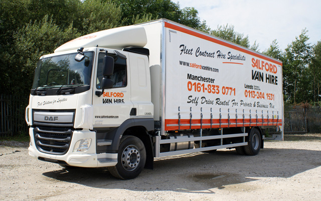 Hire a 17/18T GVW Curtainsided